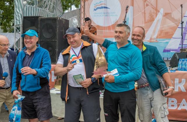 Призы для победителей регаты Международного «Ораниенбаумского морского фестиваля»